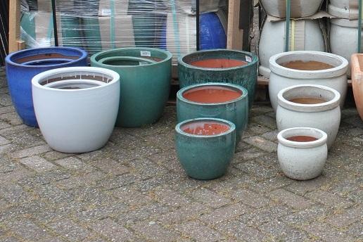 4a bloempotten bloembakken terracotta aardewerk €39.50 per set hal54+