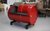 22 fauteuil olievat rood zwart industrieel metaal bankje hal54