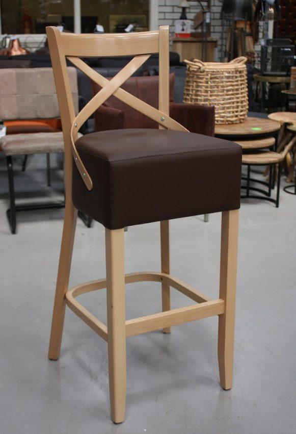9 barkrukken hout kunstleer beukenhout horeca keuken klassiek cross hal54