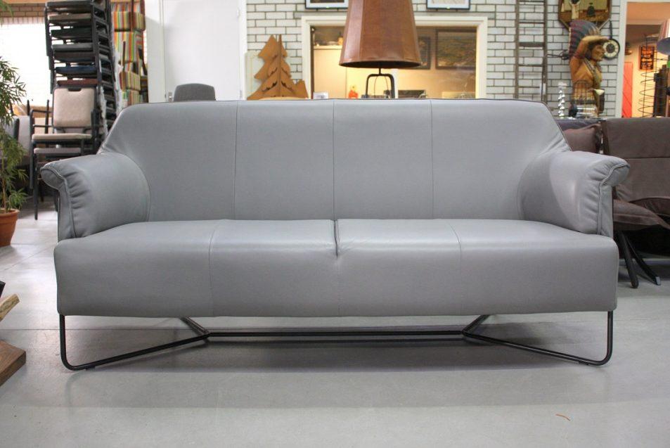 56 bank eetkamerbank Raz Jess design metaal leer grijs royal grey industrieel modern hal54