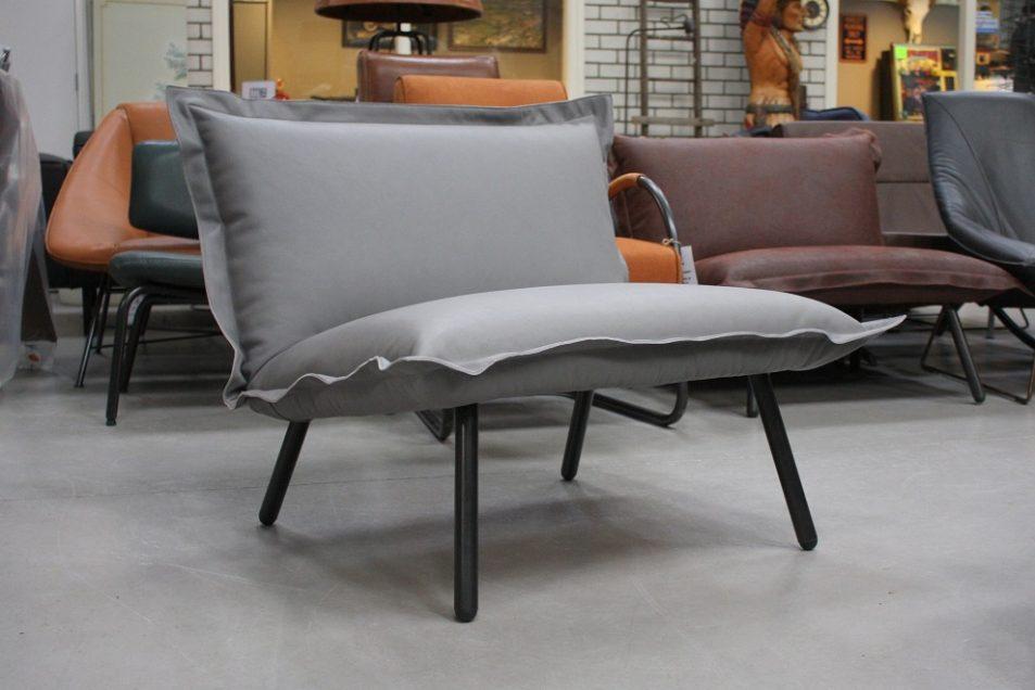 33 fauteuil Bastia Jess design metaal leer Royal Light Grey hal54